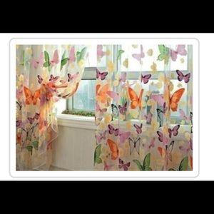 Curtains 🦋